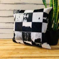 pwc-blackwhite-cowhide-10x10cm-block-patchw-1596646623-jpg